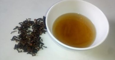 Clove Oil: How to make clove oil for toothache, infections, hair, acne | Clove oil Uses and Benefits